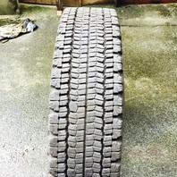 輸出用中古タイヤ売却致しました。